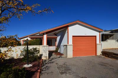 Rio Rancho Single Family Home For Sale: 330 Coral Drive NE