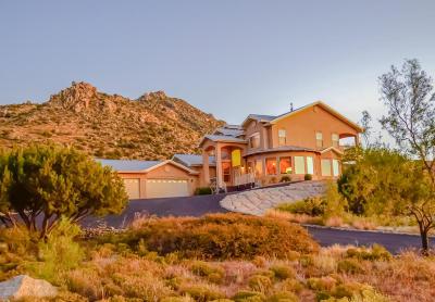 Albuquerque Single Family Home For Sale: 18 Desert Mountain Road SE
