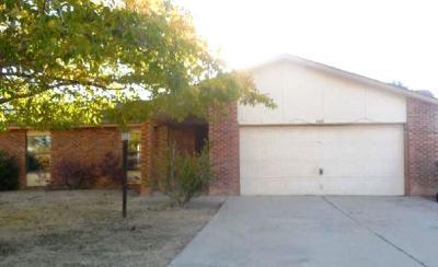 Rio Rancho Single Family Home For Sale: 560 Golden Court SE