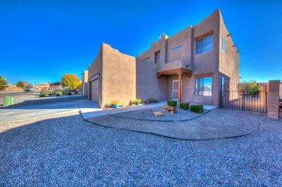 Albuquerque, Rio Rancho Single Family Home For Sale: 1412 Jemez Loop NE