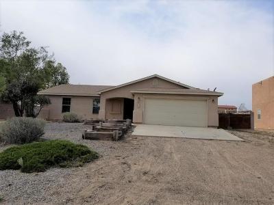 Albuquerque, Rio Rancho Single Family Home Active Under Contract - Bank O: 809 9th Street NE