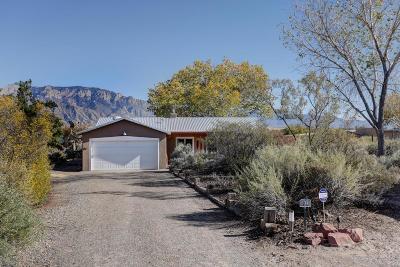 Corrales Single Family Home For Sale: 104 Kepler Court