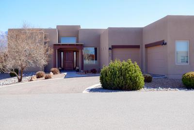 Bernalillo Single Family Home For Sale: 812 Paseo De Las Golondrinas