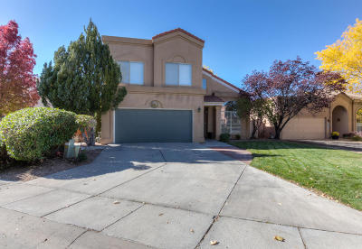 Single Family Home For Sale: 6629 Cypress Point Way NE