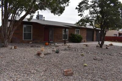 Valencia County Single Family Home For Sale: 88 Moraga Street