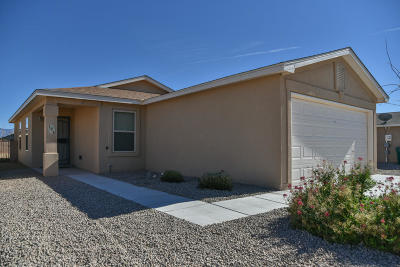 Rio Rancho Single Family Home For Sale: 138 Oakwood Court SW