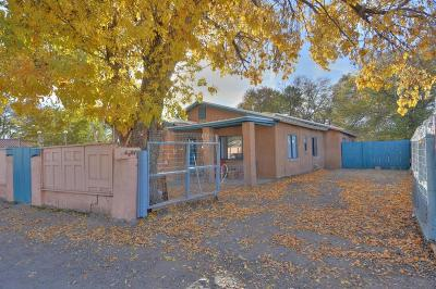 Albuquerque Single Family Home For Sale: 1701 Atrisco Drive SW