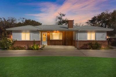 Albuquerque Single Family Home For Sale: 166 La Vega Drive SW