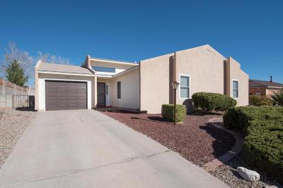 Albuquerque, Rio Rancho Single Family Home For Sale: 2140 Zaragoza Road SE