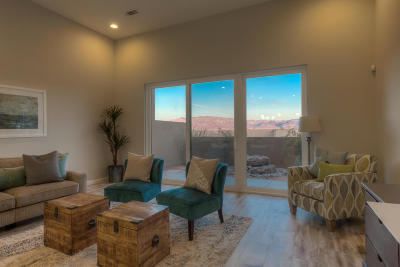 Albuquerque Single Family Home For Sale: 67 Wind Road NW