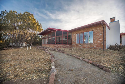 Tijeras, Cedar Crest, Sandia Park, Edgewood, Moriarty, Stanley Single Family Home For Sale: 420 Frost Road