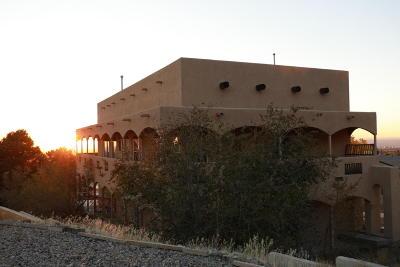 Albuquerque NM Single Family Home For Sale: $425,000