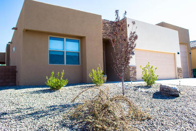 Rio Rancho Single Family Home For Sale: 7006 Napoleon Road NE