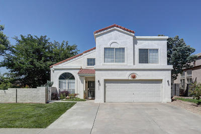 Single Family Home For Sale: 6705 Cypress Point Way NE