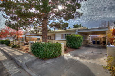 Albuquerque Single Family Home Active Under Contract - Short : 2224 Saxton Court NW
