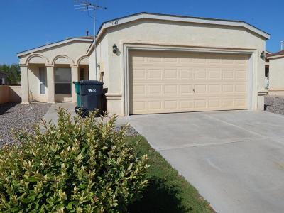 Rio Rancho Single Family Home Active Under Contract - Short : 1140 Sand Dune Road NE