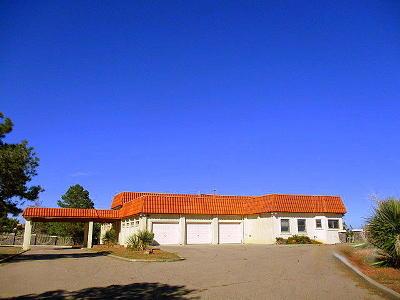 Albuquerque Single Family Home For Sale: 3399 La Orilla Road NW
