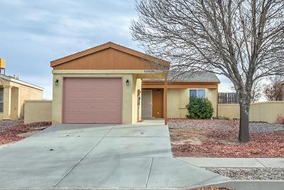 Rio Rancho Single Family Home For Sale: 2353 High Desert Circle NE