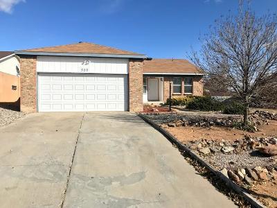 Rio Rancho Single Family Home For Sale: 520 Silver Saddle Road SE