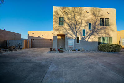 Albuquerque Single Family Home For Sale: 409 Phoenix Avenue NW
