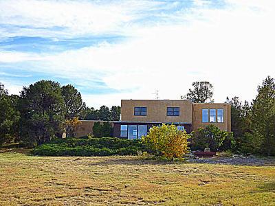 Tijeras Single Family Home For Sale: 583 Juan Tomas Lane