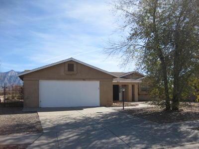 Rio Rancho NM Single Family Home For Sale: $130,000