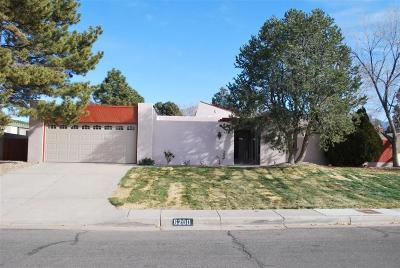 Single Family Home For Sale: 6200 Torreon Drive NE