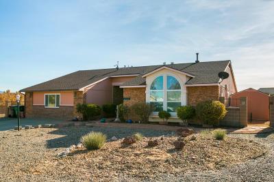 Rio Rancho Single Family Home For Sale: 6520 Dove Court NE