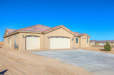 Rio Rancho Single Family Home For Sale: 1617 21st Avenue SE