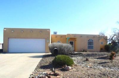 Valencia County Single Family Home For Sale: 29 Milton Loop