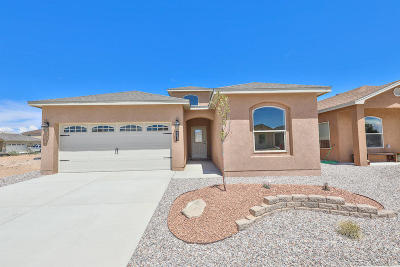 Valencia County Single Family Home For Sale: 2521 Red Sky SW