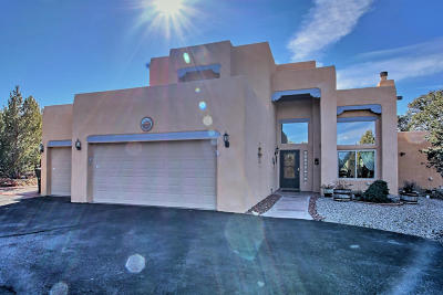 Tijeras, Cedar Crest, Sandia Park, Edgewood, Moriarty, Stanley Single Family Home For Sale: 2 Kiva Loop