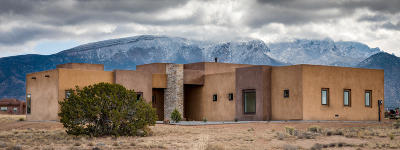 Placitas Single Family Home For Sale: 10 Sundagger Loop