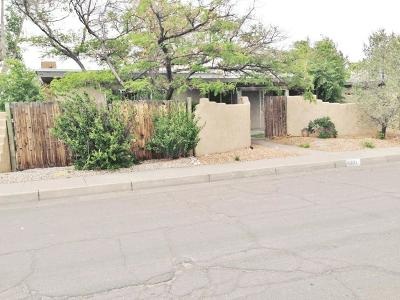 Albuquerque NM Multi Family Home For Sale: $299,900