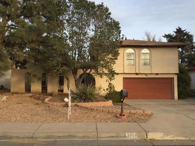 Single Family Home For Sale: 6608 Lafving Street NE
