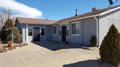 Rio Rancho Single Family Home For Sale: 685 Bhutan Drive SE