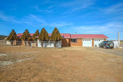 Tijeras, Cedar Crest, Sandia Park, Edgewood, Moriarty, Stanley Single Family Home For Sale: 5 Calaway Road