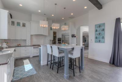 Albuquerque Single Family Home For Sale: 10650 Palomas Avenue NE