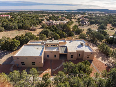 Tijeras, Cedar Crest, Sandia Park, Edgewood, Moriarty, Stanley Single Family Home For Sale: 7 Lauren Taylor Court