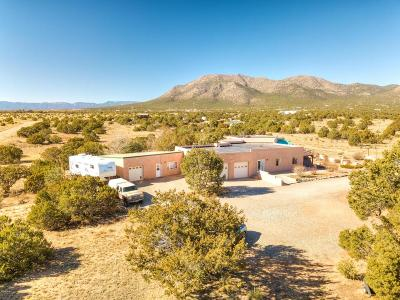 Tijeras, Cedar Crest, Sandia Park, Edgewood, Moriarty, Stanley Single Family Home For Sale: 29 Drake Road