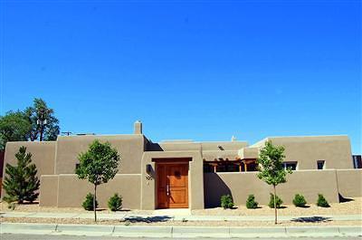 Albuquerque Attached For Sale: 1120 Las Lomas NE