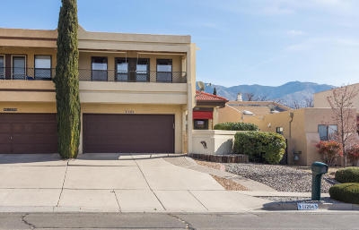 Attached For Sale: 11204 Paseo Del Oso NE