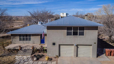 Bernalillo Single Family Home For Sale: 509 Calle De La Angel