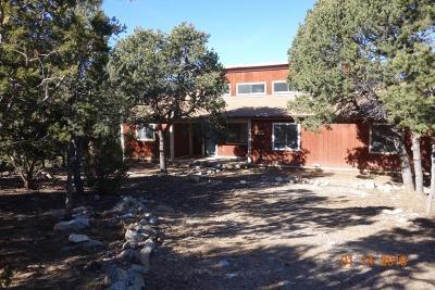Tijeras, Cedar Crest, Sandia Park, Edgewood, Moriarty, Stanley Single Family Home For Sale: 4 Oso Drive