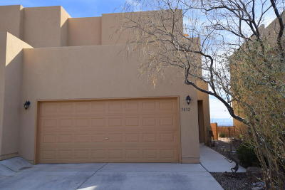 Attached For Sale: 5032 Ojos Azul Court NW
