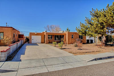 Albuquerque NM Single Family Home For Sale: $212,500