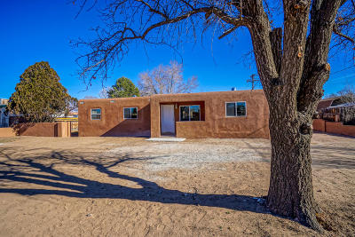 Albuquerque Single Family Home For Sale: 8904 5th Street NW