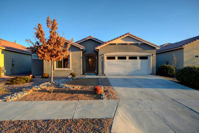 Bernalillo Single Family Home For Sale: 948 Evening Primrose