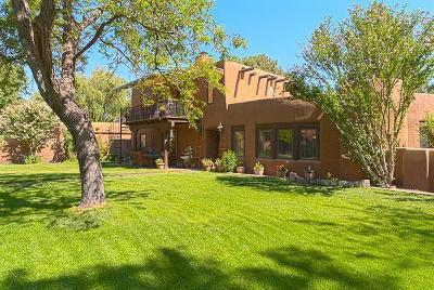 Albuquerque Single Family Home For Sale: 1504 Lucyle Place NW