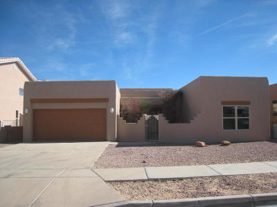 Albuquerque NM Single Family Home For Sale: $259,900